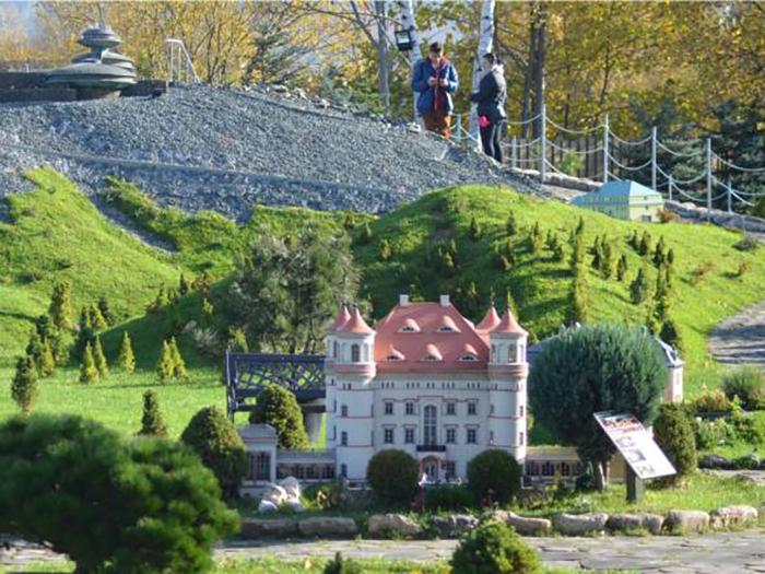 Park Miniatur w Kowarach – atrakcja turystyczna dla dzieci